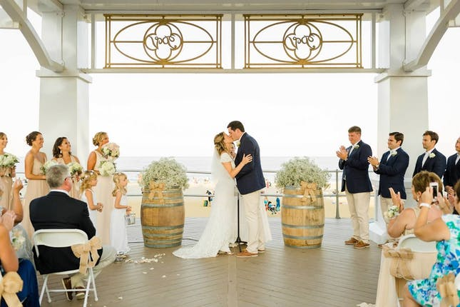 Mcloone S Pier House Wedding Venue Shrewsbury Nj 07702